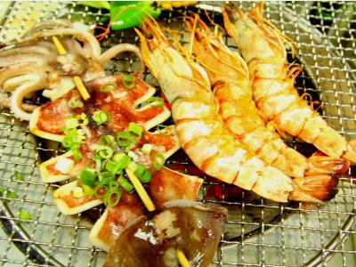 星期一招待大而肥美的8P白蝦比一般蝦子要大上二倍喔! (攝影/石靜怡)
