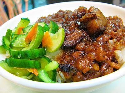 台南小吃美食之旅 非吃不可超平價銅板美食