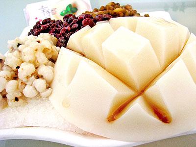 嚴選原料做出幸福味 純手工製作杏仁豆腐冰