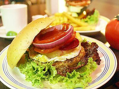 尋訪巷弄美食巷弄  紐西蘭風味漢堡店