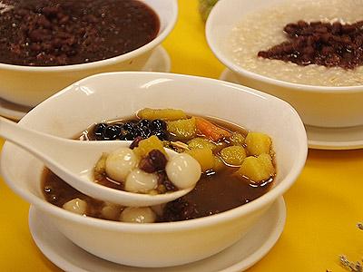 冬天暖呼呼 午茶時間就來一碗草屯的紫米粥甜品