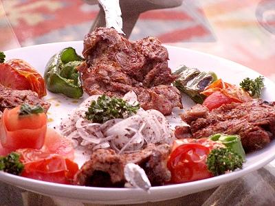 中東美食餐廳 香料羊肋排柔嫩多汁