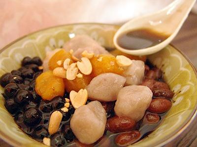 冬季來碗暖呼呼甜品 大甲芋圓燒仙草