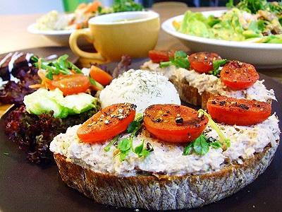 蔬食新概念 土司排美味新創意