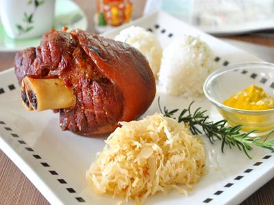 美味德國豬腳餐 軟Q口感獨特風味