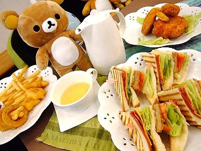 來內湖科學園區用餐 可愛小熊陪坐檯
