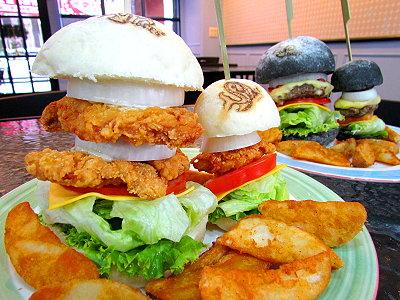 美式漢堡黑白配 嚴選品質吃出獨特風味
