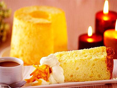【台灣百大名店】沾著特調香草醬 令人意猶未盡的橙香戚風蛋糕