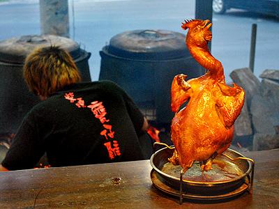 【台灣百大名店】香脆酥皮鮮嫩多汁 令人吮指的甕仔雞