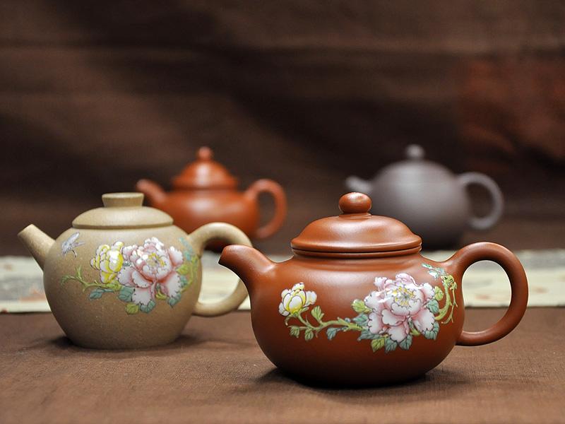 不含鉛、鎘 泥礦壺泡茶更安心